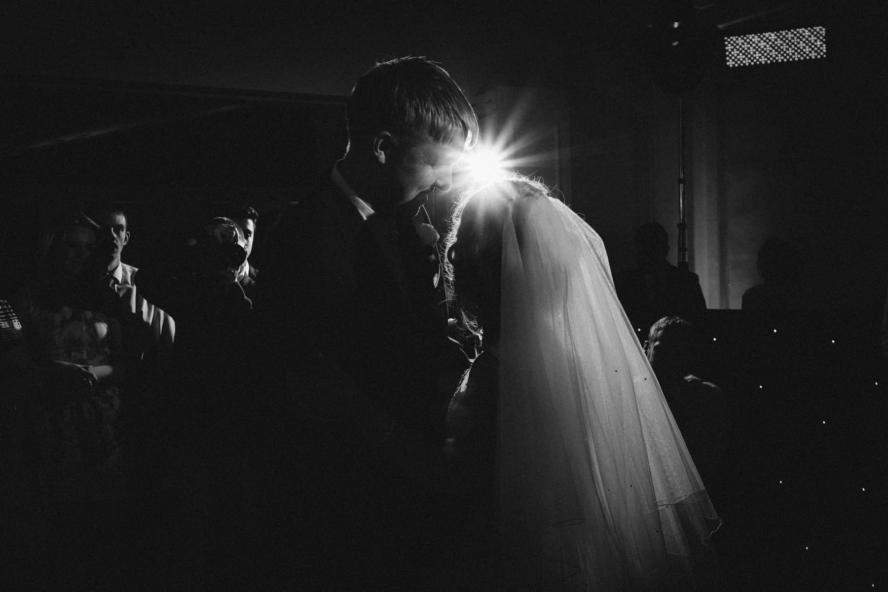 wedding photography first dance (1 of 1)-3