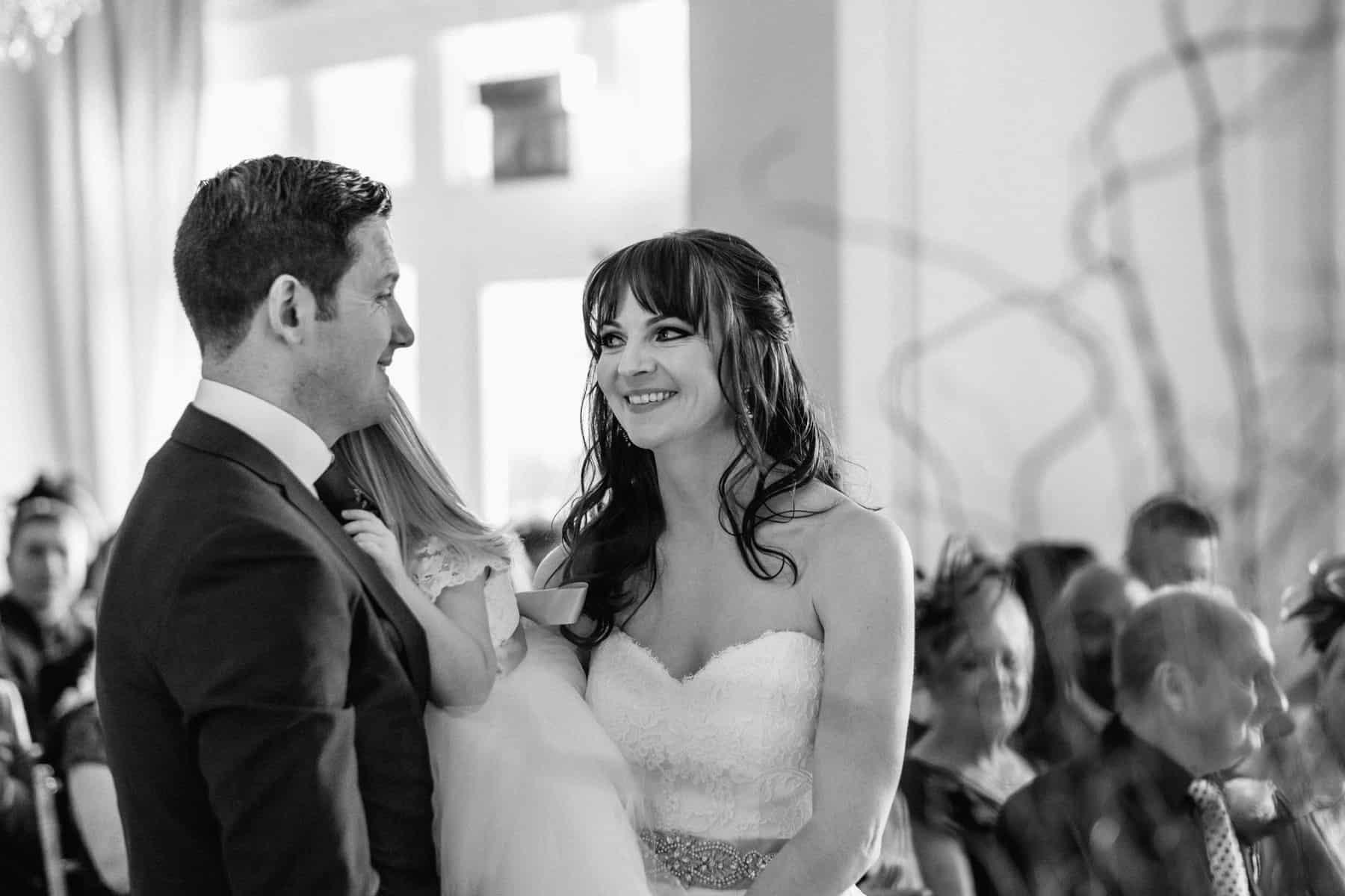 wedding photography looks of love (1 of 1)