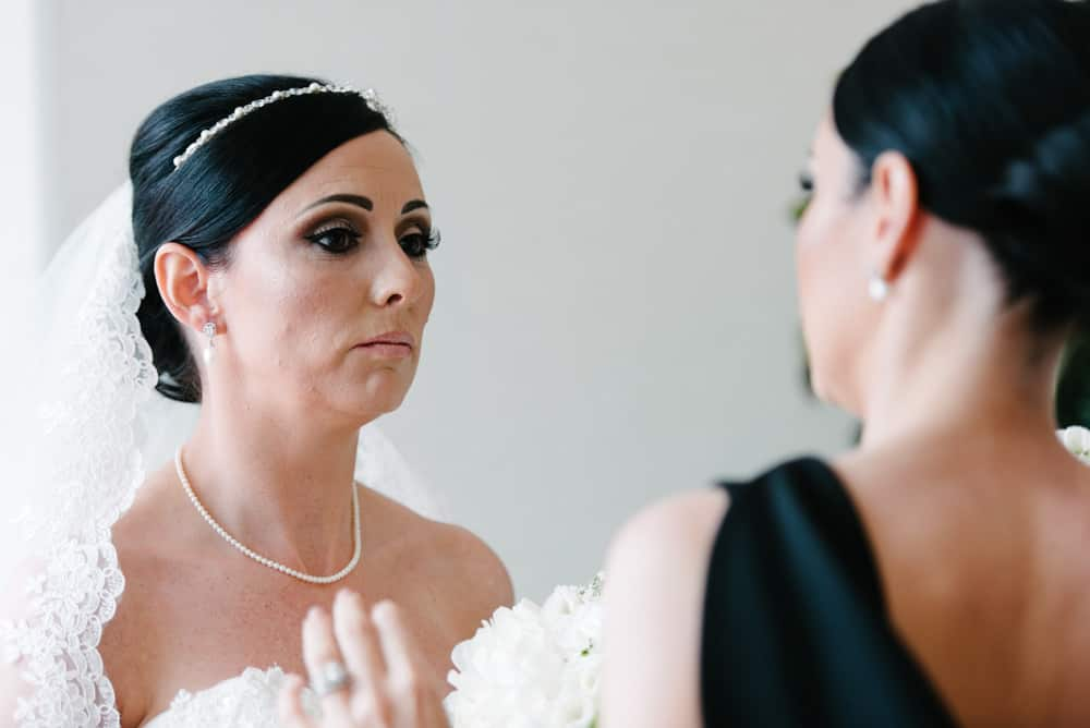 bride and her sister