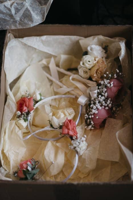 flower girl's wands