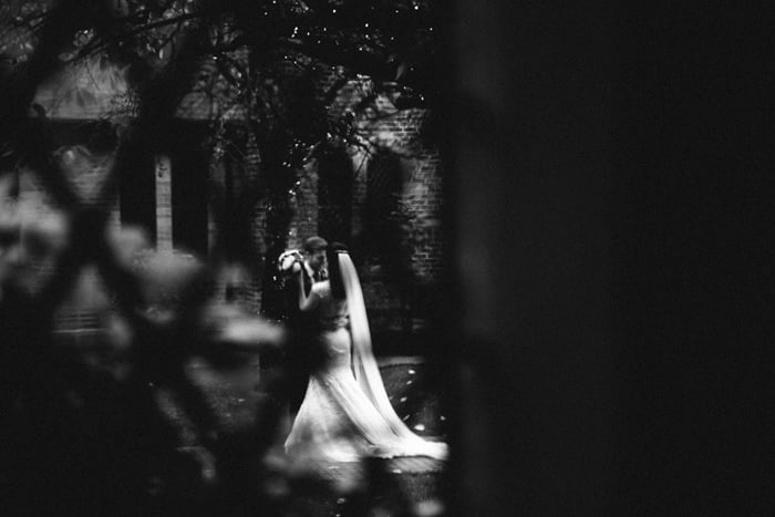 unontrusive wedding photography
