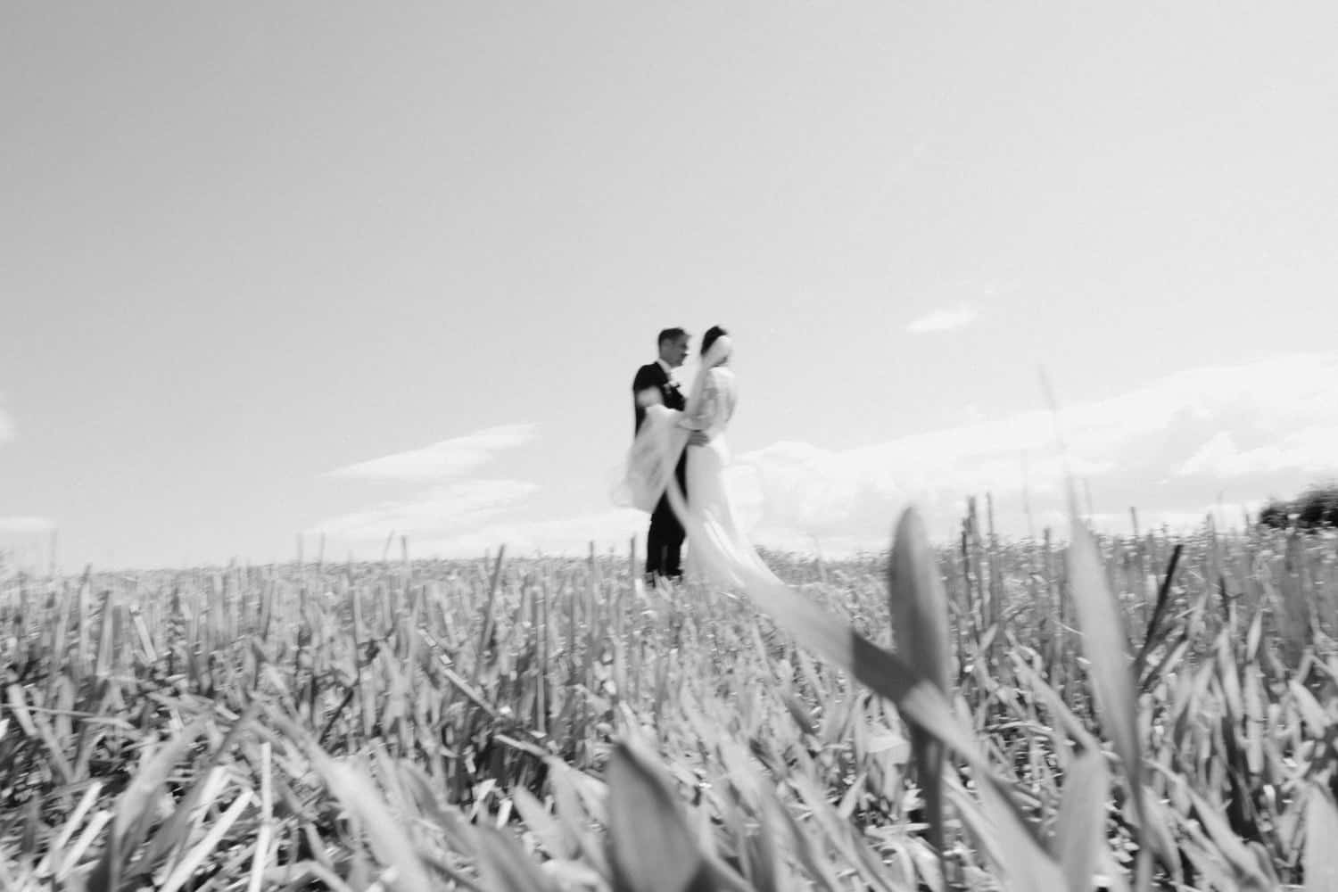 natural wedding photography