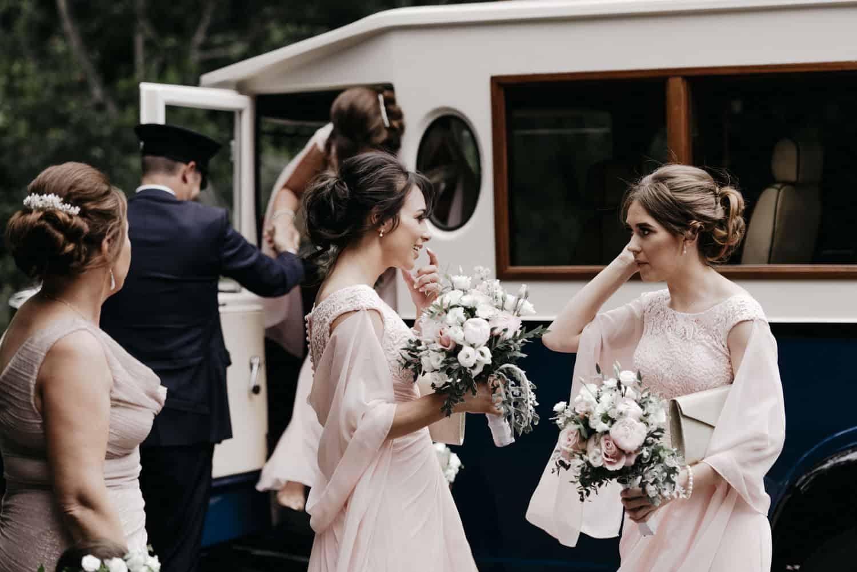 bridesmaid arrival