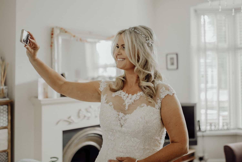 bride takes a selfie!!!