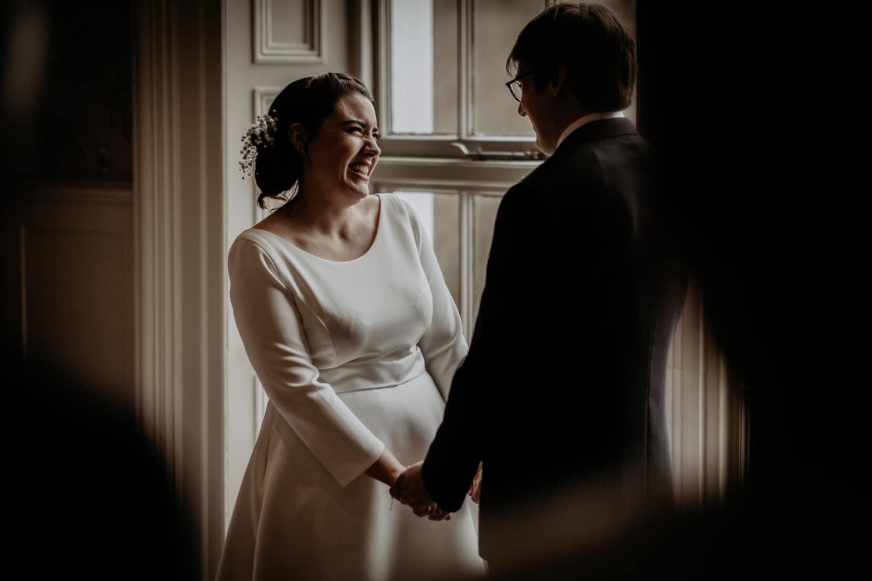 The swan Lake Ditrcit wedding photographer